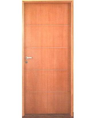 Cat logo l nea madera puertas placas for Remate de puertas de madera